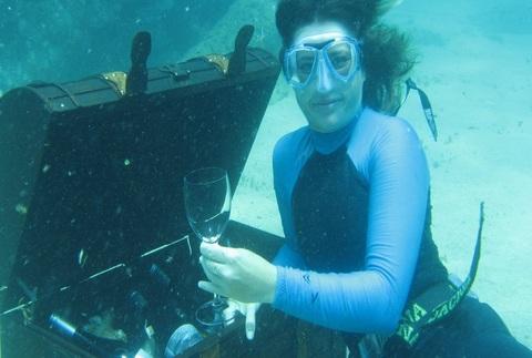 Bautismo de buceo y la leyenda de Cavas Submarinas