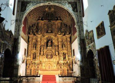 Visita el Barrio de Santa Cruz y el Convento