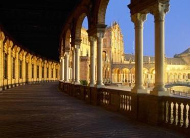 Tradiciones y leyendas de Sevilla