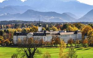 Ciudad de Salzburgo en otoño