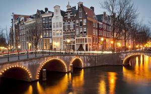 Ámsterdam de noche