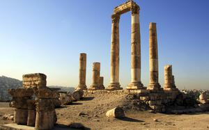 Columnas romanas al aterdecer