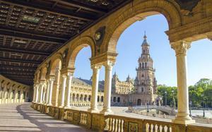 Plaza de España con arco - Sevilla
