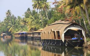Casa flotante en Kumarakom