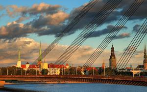 Panorama con río