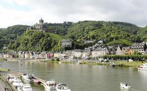 Castillo y río Mosela