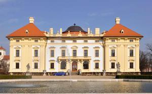 Castillo Slavkov