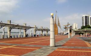 Malecón Simón Bolivar, Guayaquil