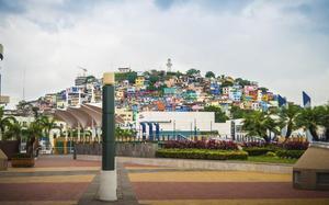 Panorámica del barrio de Las Peñas en Guayaquil