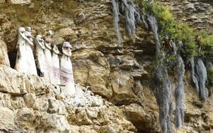 Sarcófagos de Karajía