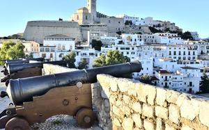 Vista a la Catedral de Ibiza