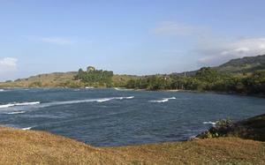 Maimon Bay