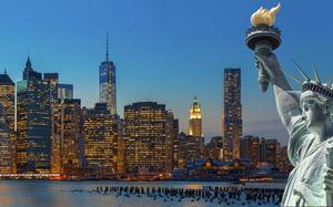 Skyline con la estatua de la libertad