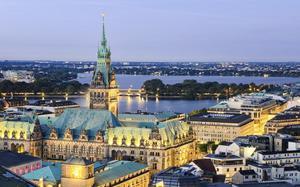 Panorámica de Hamburgo con el Ayuntamiento
