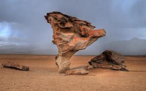 Rocas de Dalí