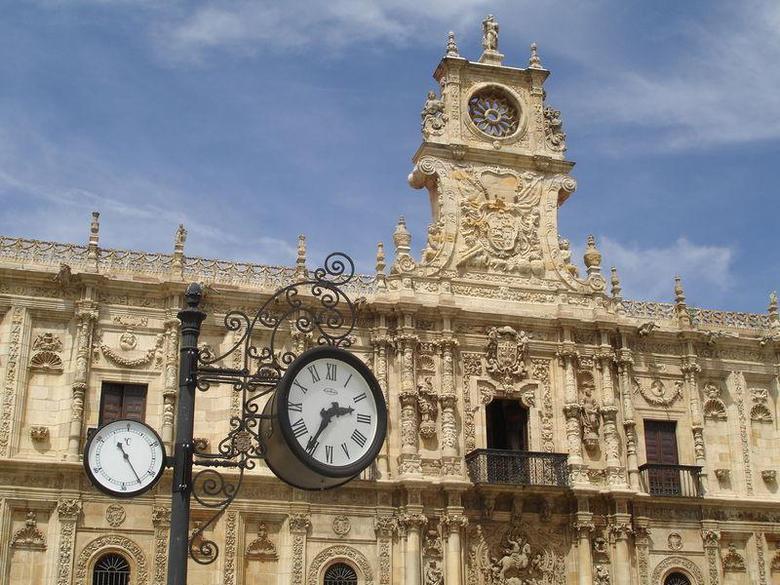 Los 10 Mejores Hoteles Con Piscina En Leon Provincia Atrapalo Com