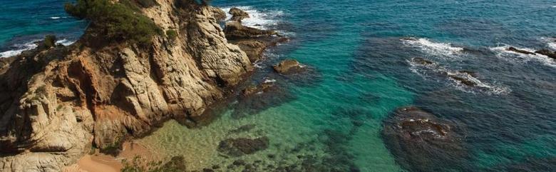 Los 10 mejores hoteles en caldes d estrac for Piscina canet de mar