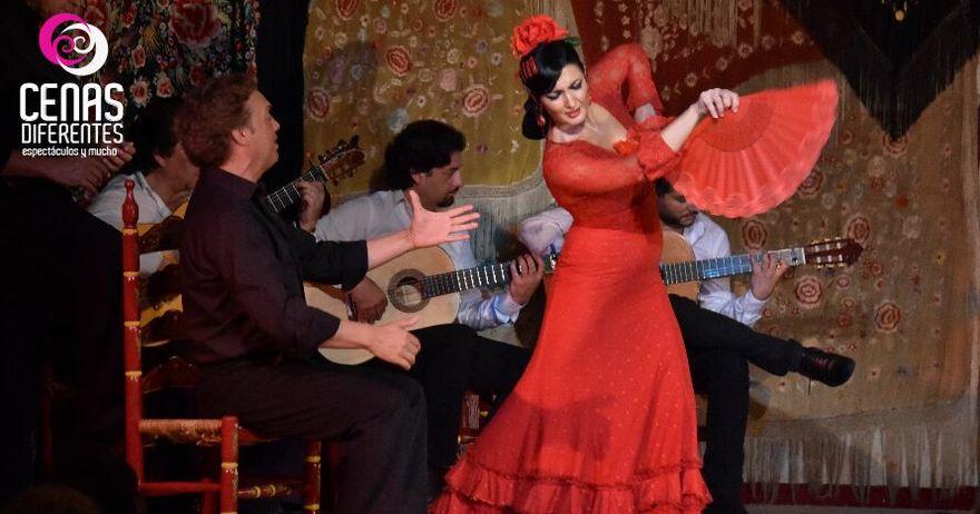 Cena con embrujo y sentimiento flamenco