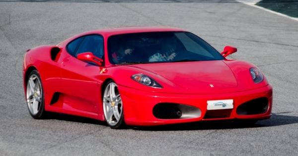 Circuito Brunete : Ferrari lamborghini o porsche en circuito dto