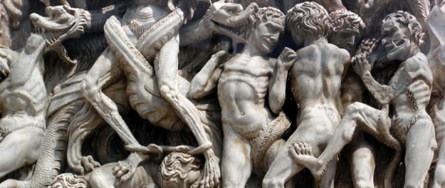 Pasedu por Ciutat Vella de noche con los 7 pecados