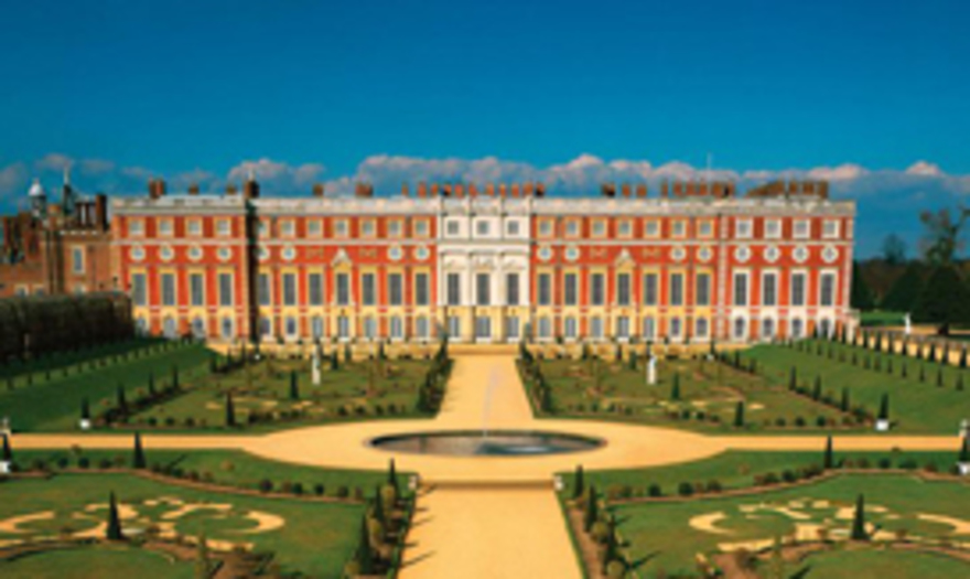 Hampton Court Palace_1