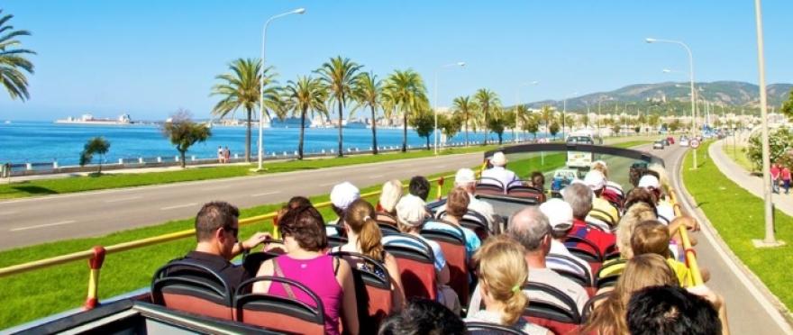 �Descubre Palma de Mallorca en un bus turistico!
