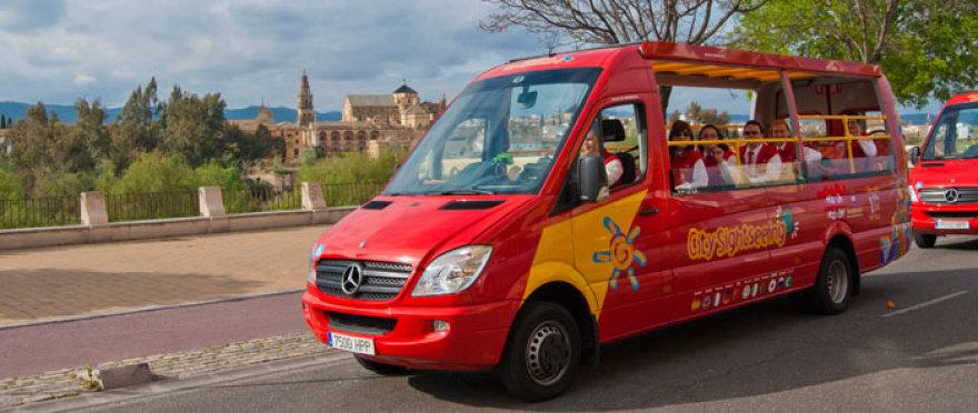¡Descubre Cordoba a bordo de un bus turistico!