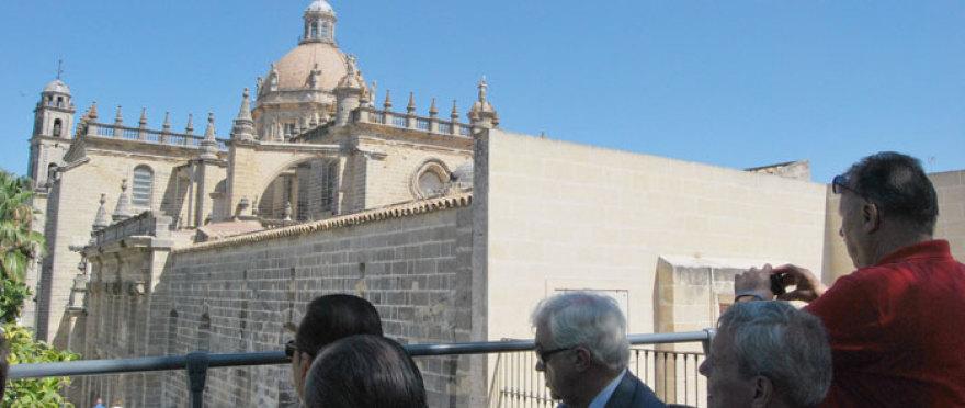 ¡Descubre Jerez de la Frontera en bus turistico!