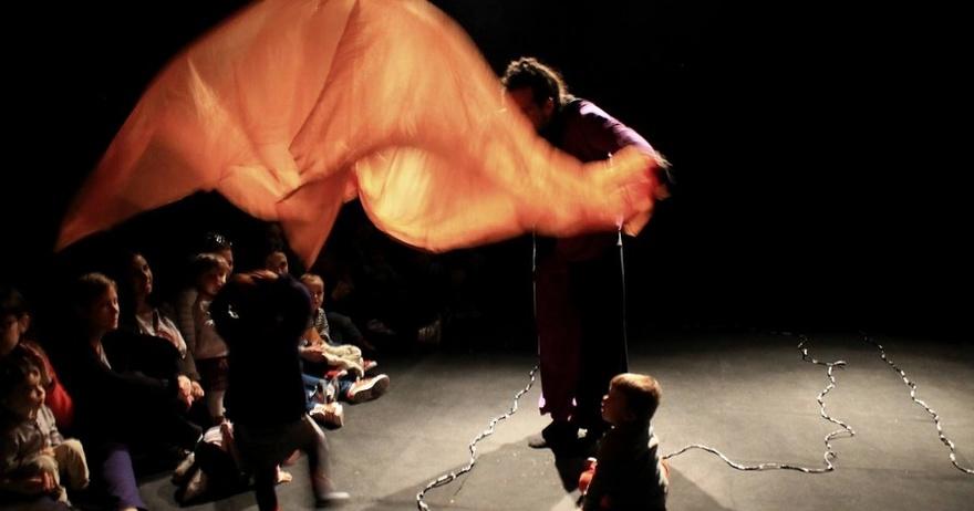 Ylusicalia - Teatro sensorial para bebés