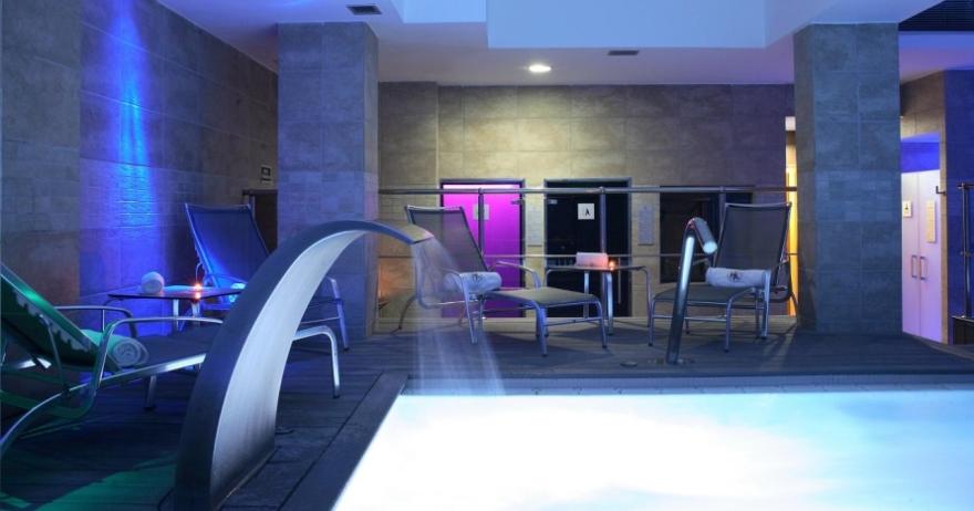 Relájate con Alegría Spa y masaje para 2 personas