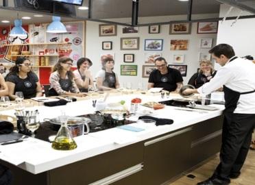 Curso de sushi con chema de isidro 50 dto madrid for Cursos de cocina para regalar