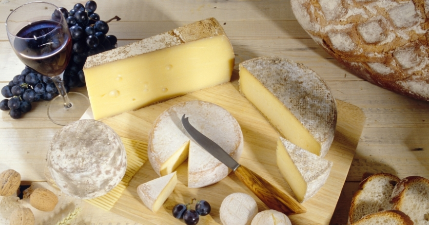 Taller de maridaje de quesos y vinos