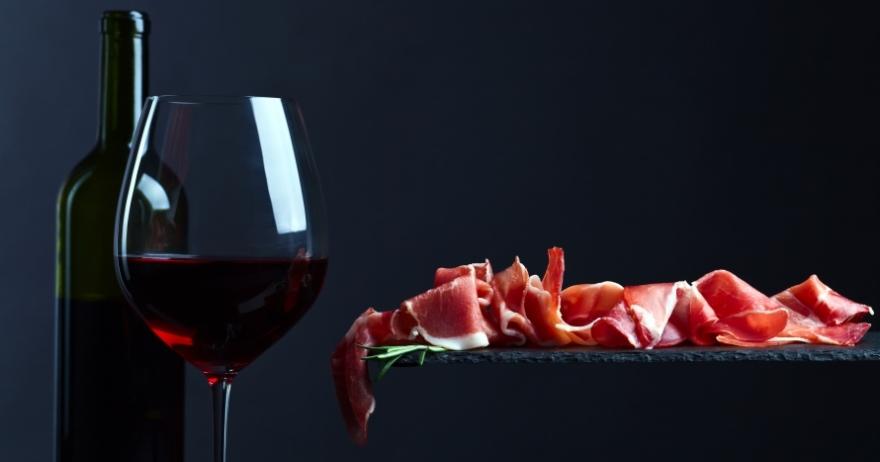 �Descubre la Ribera! Cata de vinos e ib�ricos