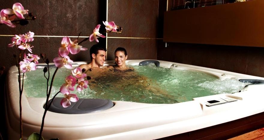Jacuzzi privado en pareja, 50 minutos de bienestar