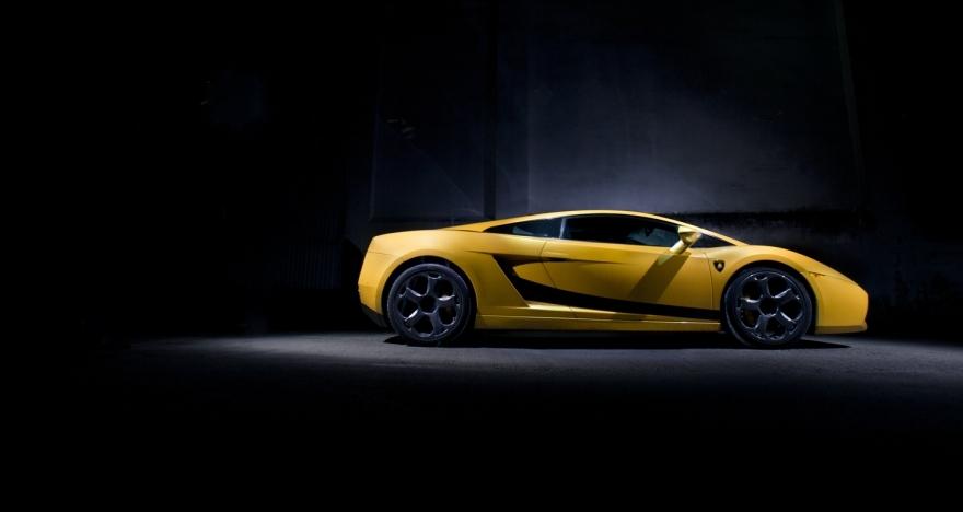 �Ferrari o Lamborghini? �Tu eliges!
