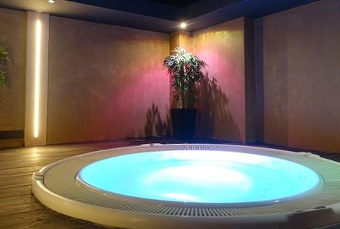 Relájate en el Spa Hotel Acevi Villarroel 4*