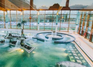 Spas en madrid provincia for Piscina spa san sebastian de los reyes