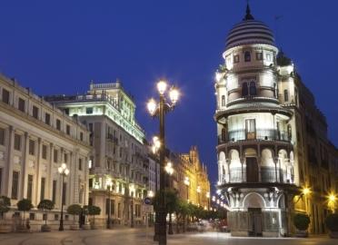Vive la Sevilla misteriosa y encantada
