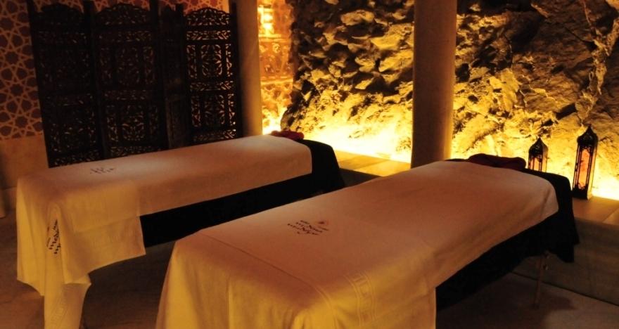 Baño árabe y masaje romantico