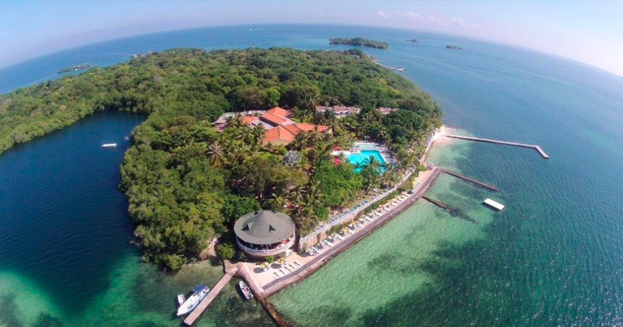 Tour full day islas del rosario isla privada 4 for Hoteles en islas privadas