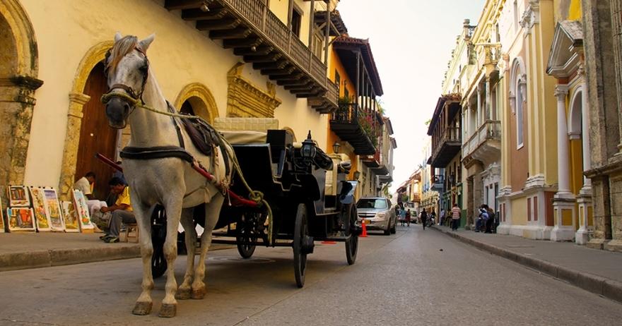 Resultado de imagen para cartagena colonial caballo