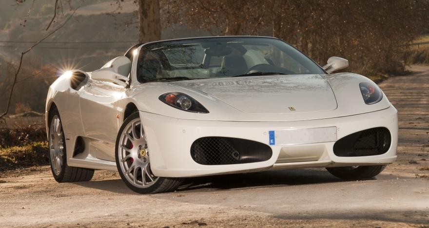 ¿Ferrari o Lamborghini? ¡Tu eliges!