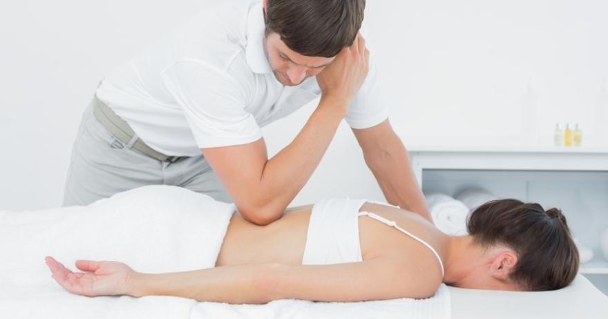 Masaje de 50 minutos por fisioterapeuta