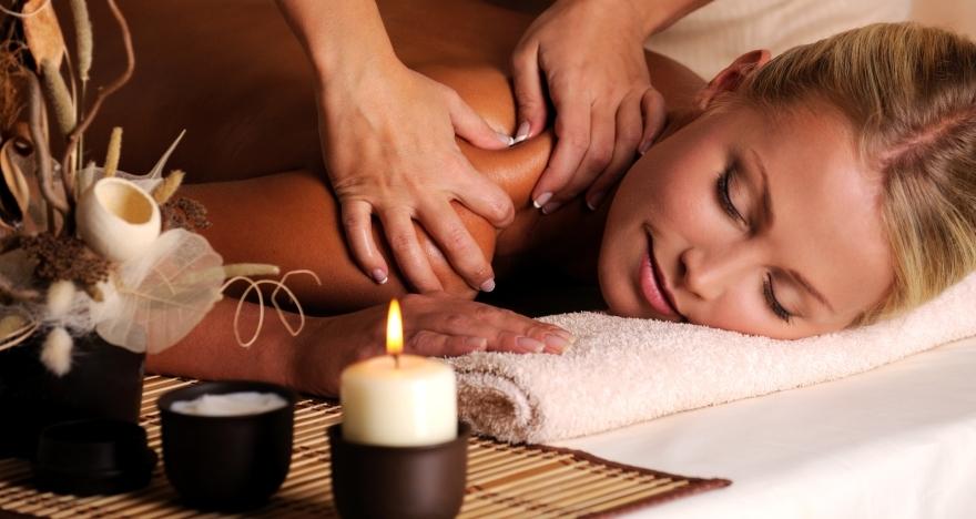 Masaje completo con Aromaterapia