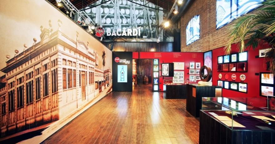 Visita Casa Bacard� con degustaci�n de c�ctel
