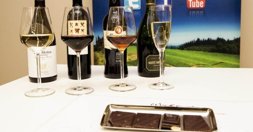 Cata vino y chocolate, el placer de los sentidos