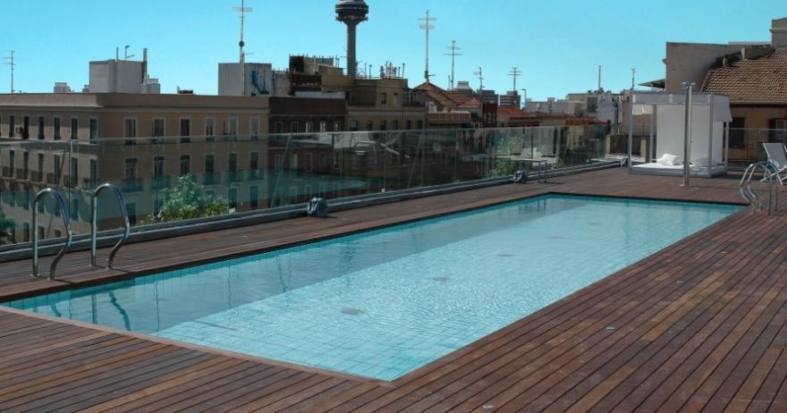 Acceso 2x1 a gimnasio spa y actividades dirigidas 50 dto for Piscina 02 manuel becerra