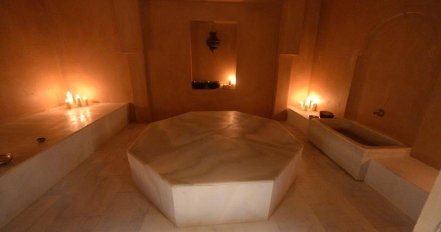 Baños árabes y masaje relajante para dos