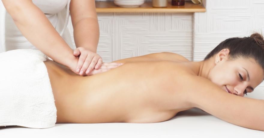 Masaje de espalda: desbloqueo y alivio