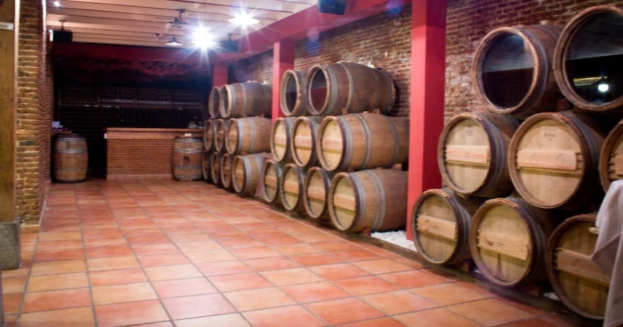 Experiencia vinomeetings con tapas en La Rebeli�n de los Mandiles